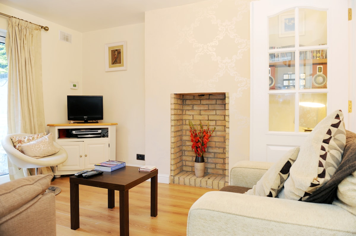 Cosy double room, with tv