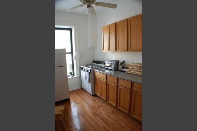 Private bedroom brownstone Brooklyn