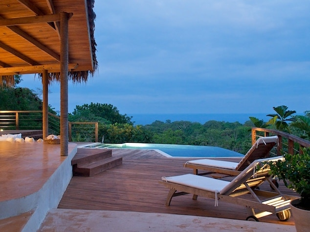 Chez Mu Luxury Beach & Jungle Villa