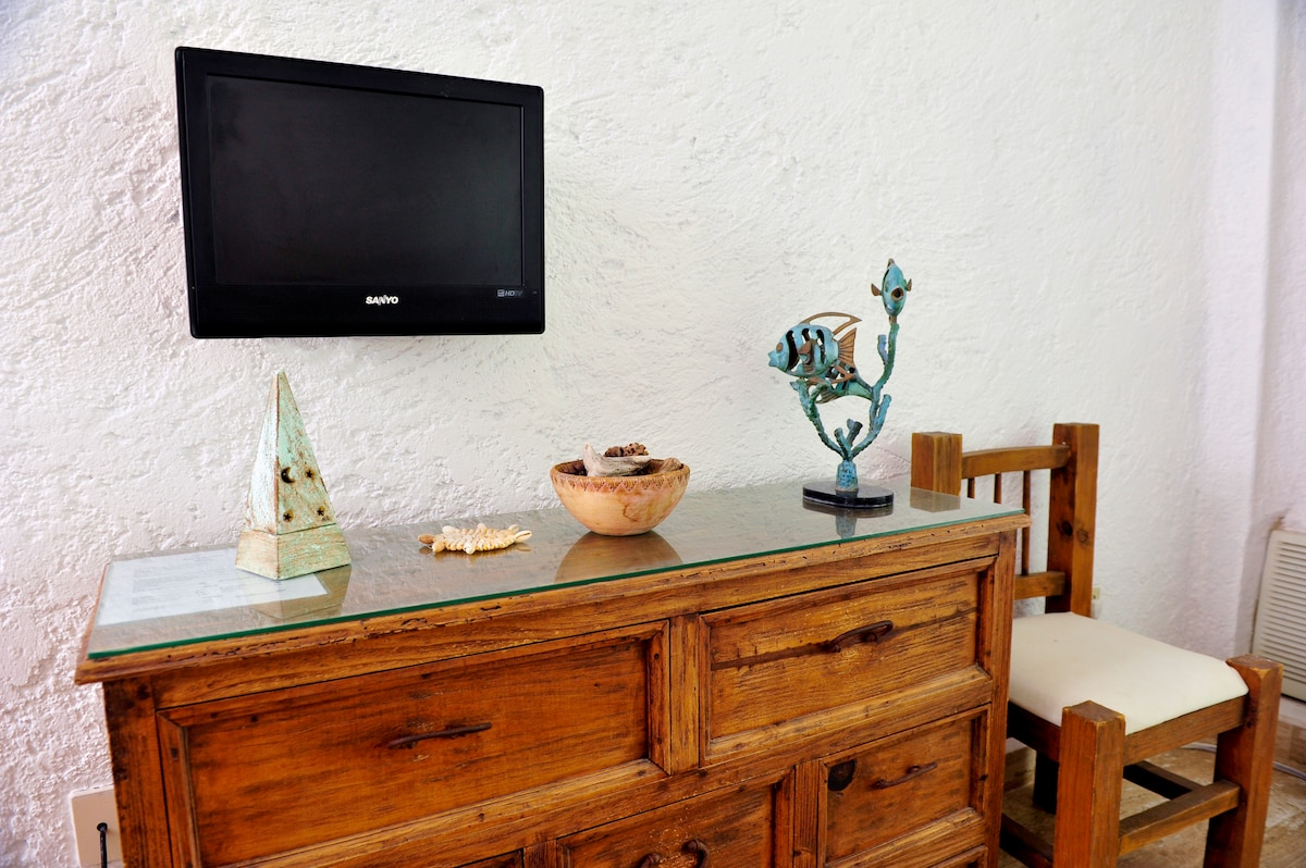 Great Apartment on  best Beach 10