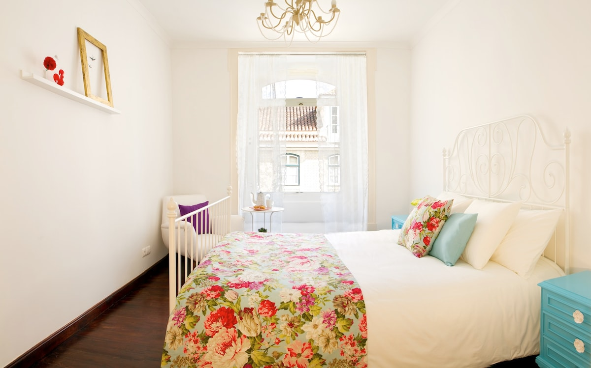 Romantic room with a double bed (160x200)