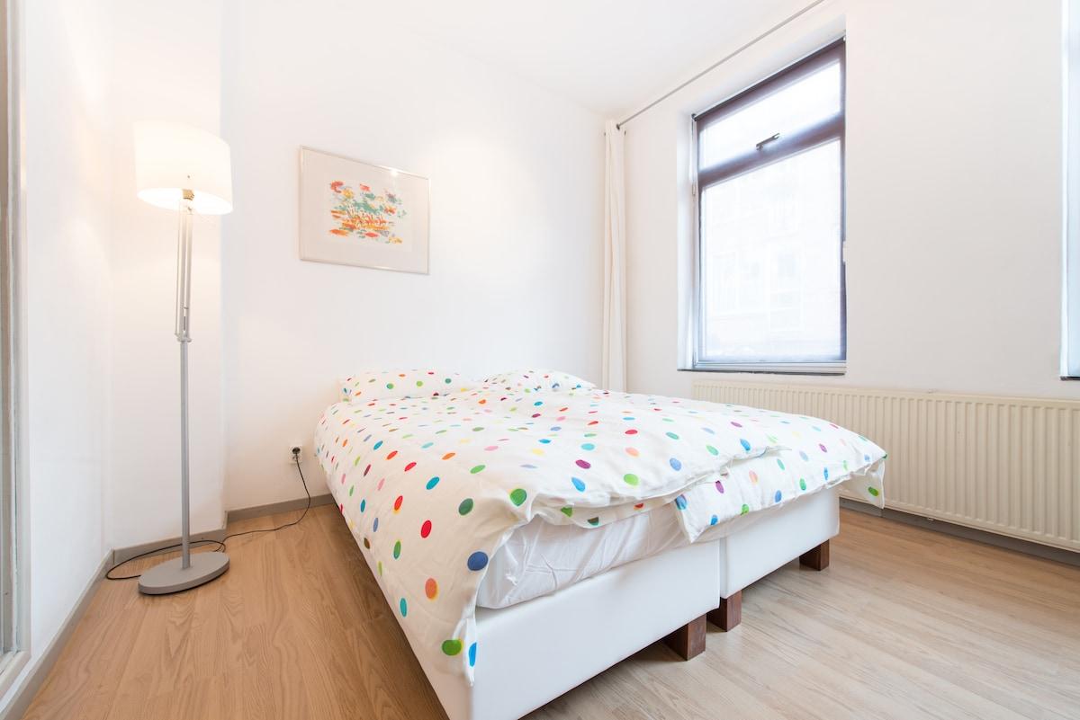 Nice apartment in De Jordaan.