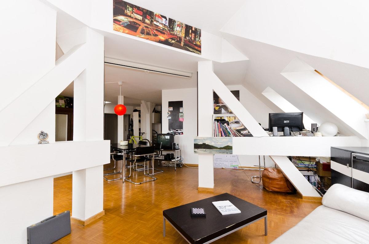 Nice room in exclusive flat