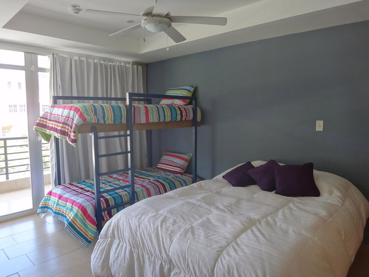 Guest Bedroom / Bedroom #2