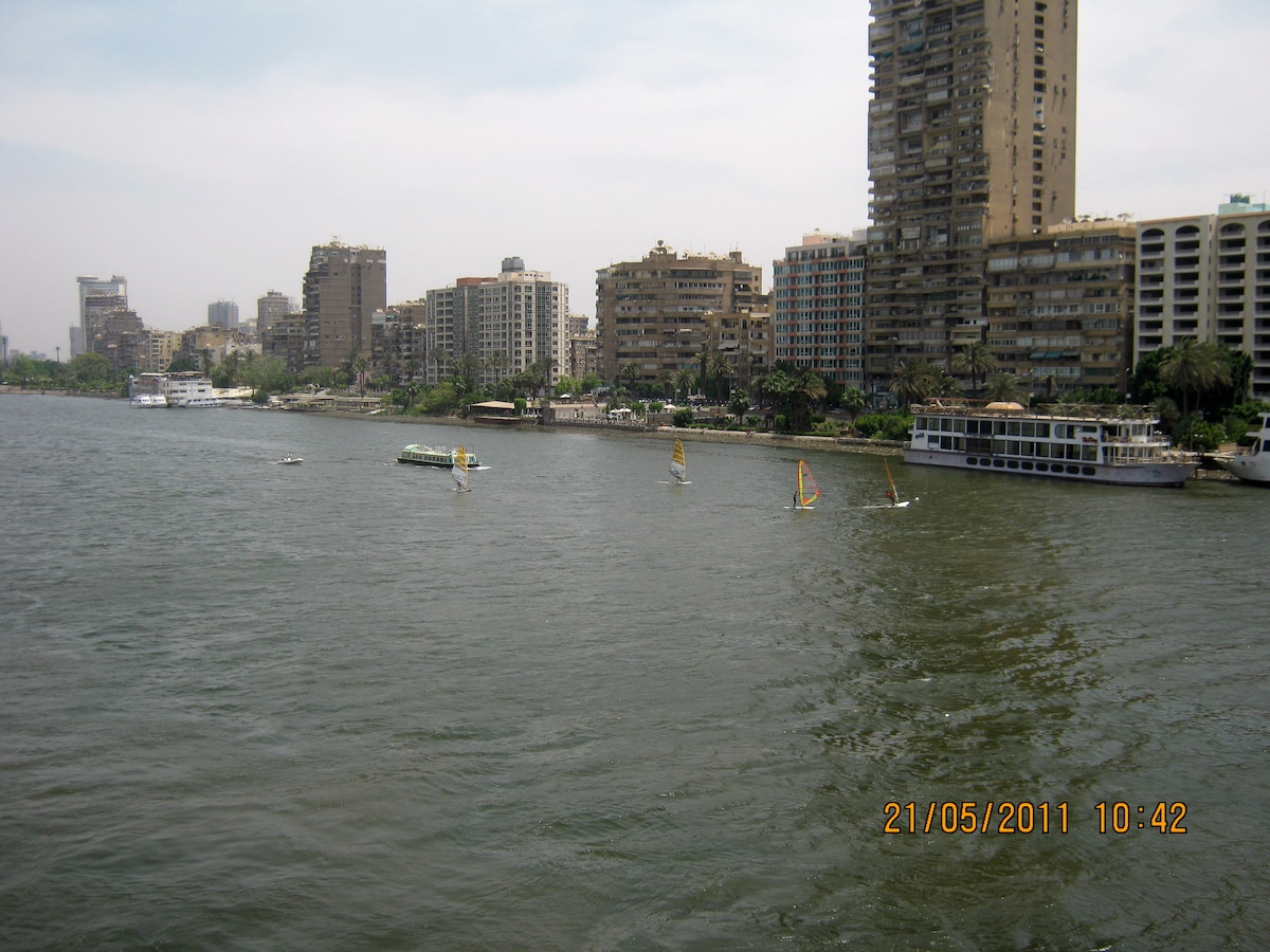 Nile view from the Giza Bridge - 1 min. from the flat