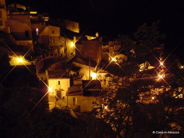 Farindola by night
