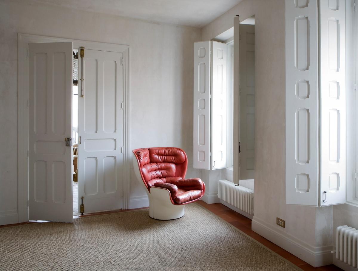Paseo del Prado Suite baño privado