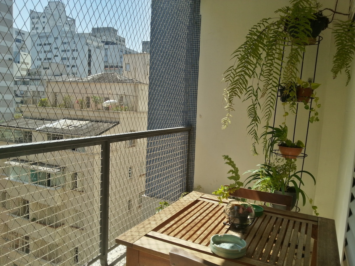 Lovely balcony to sit in the sun and look over the neighbourhood!