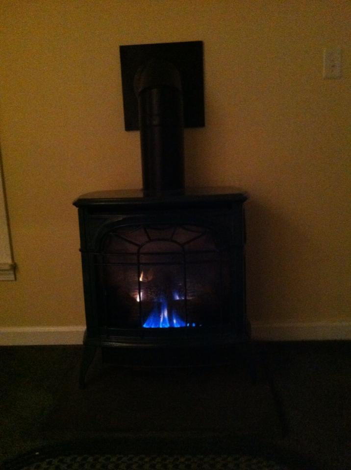 Propane gas stove for heat