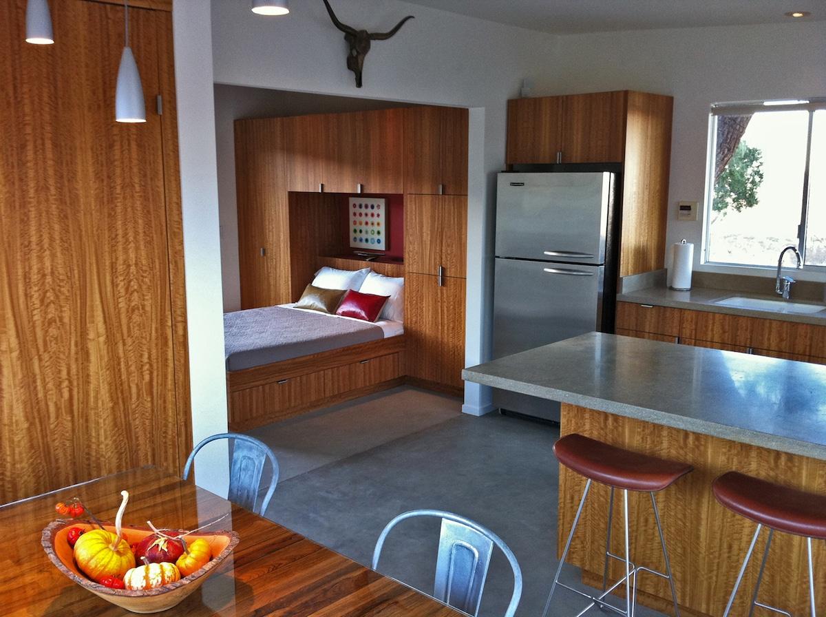 The Modernist Cabin