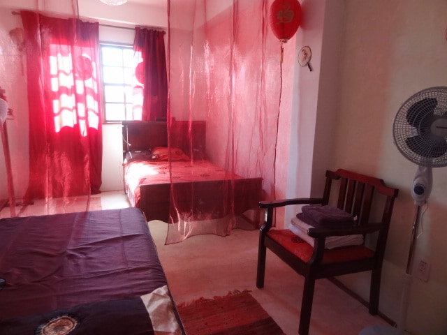 Asiatic room double bed and 110 bed with private bathroom