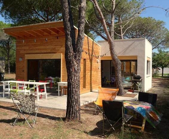 Maison en bois près de la plage