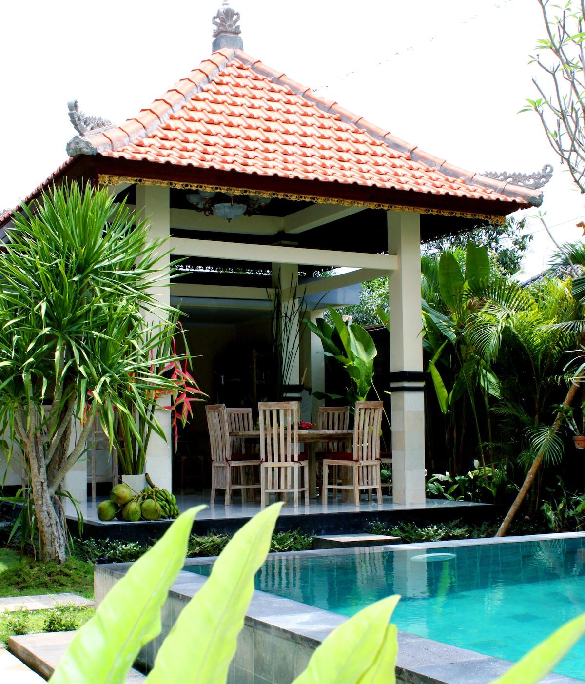 Promo Jun-Aug $300 7-bd villa