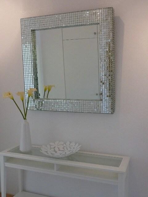 Eleganter Wohnzimmer-Spiegel