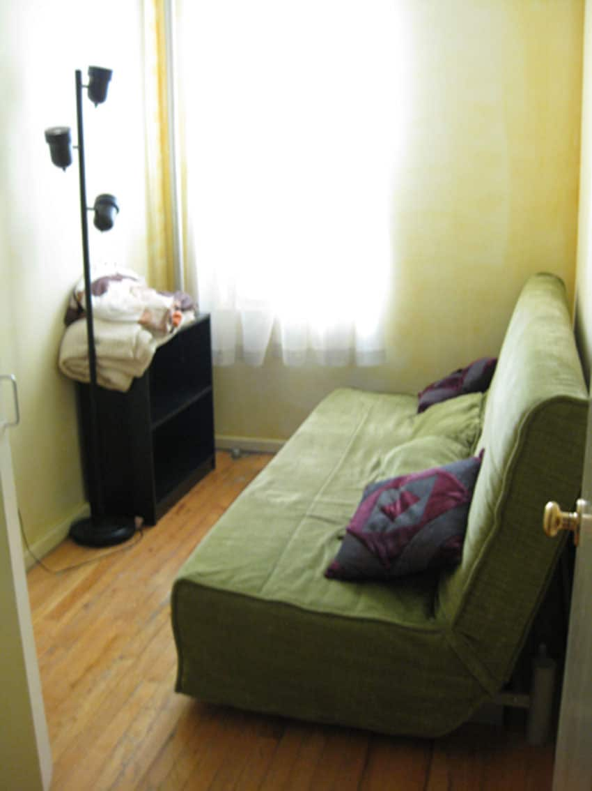 front room/double bed