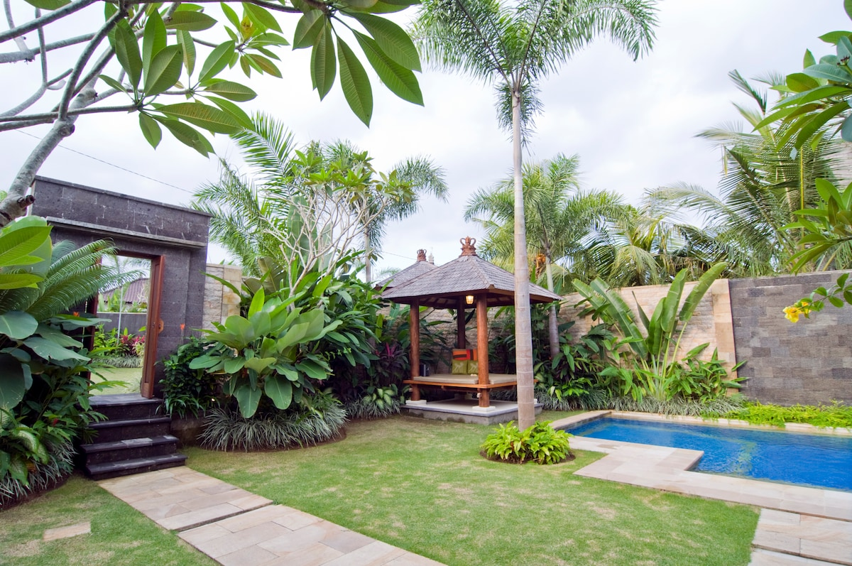 Villa Entrance, Gazebo & Plunge pool