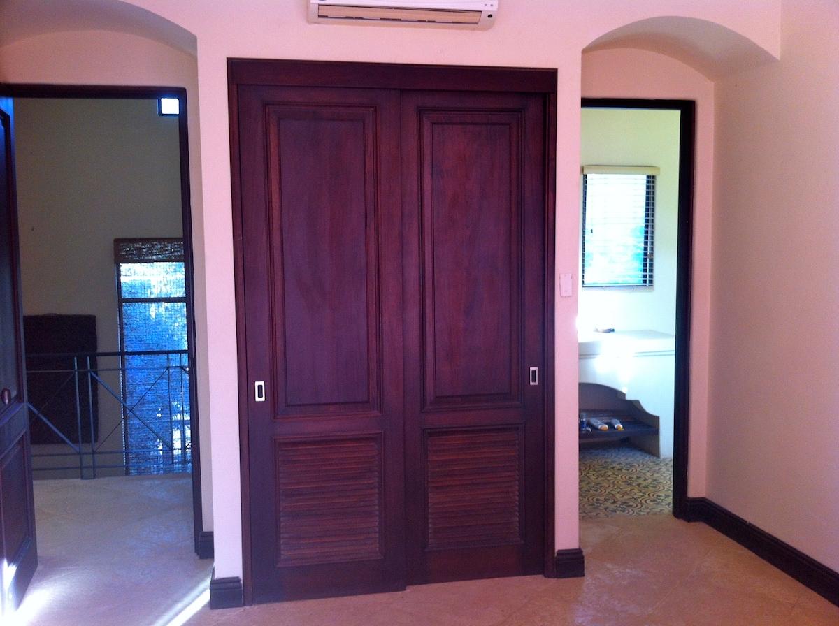 Entrance, Bathroom, very nice closet...