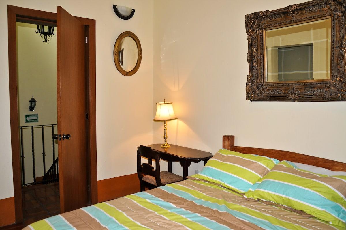 El tapanco, habitación doble privada, con balcón
