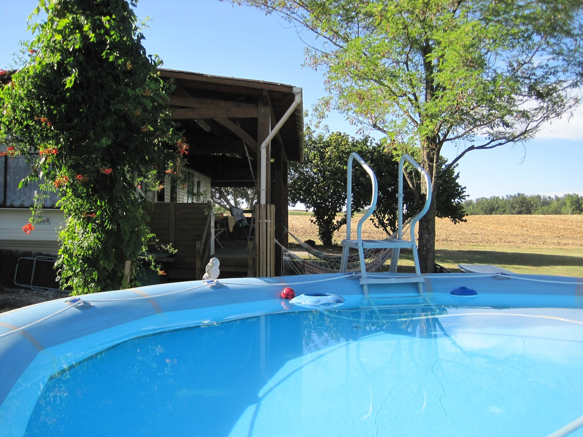 Mobile Home with swiming pool in SO