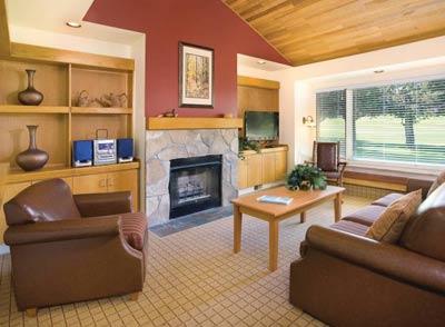 2-Bedroom Suite Eagle Crest Redmond