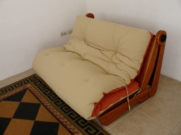 el futón se convierte en cama matrimonial