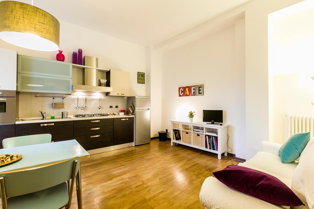 bright and quiet apartment