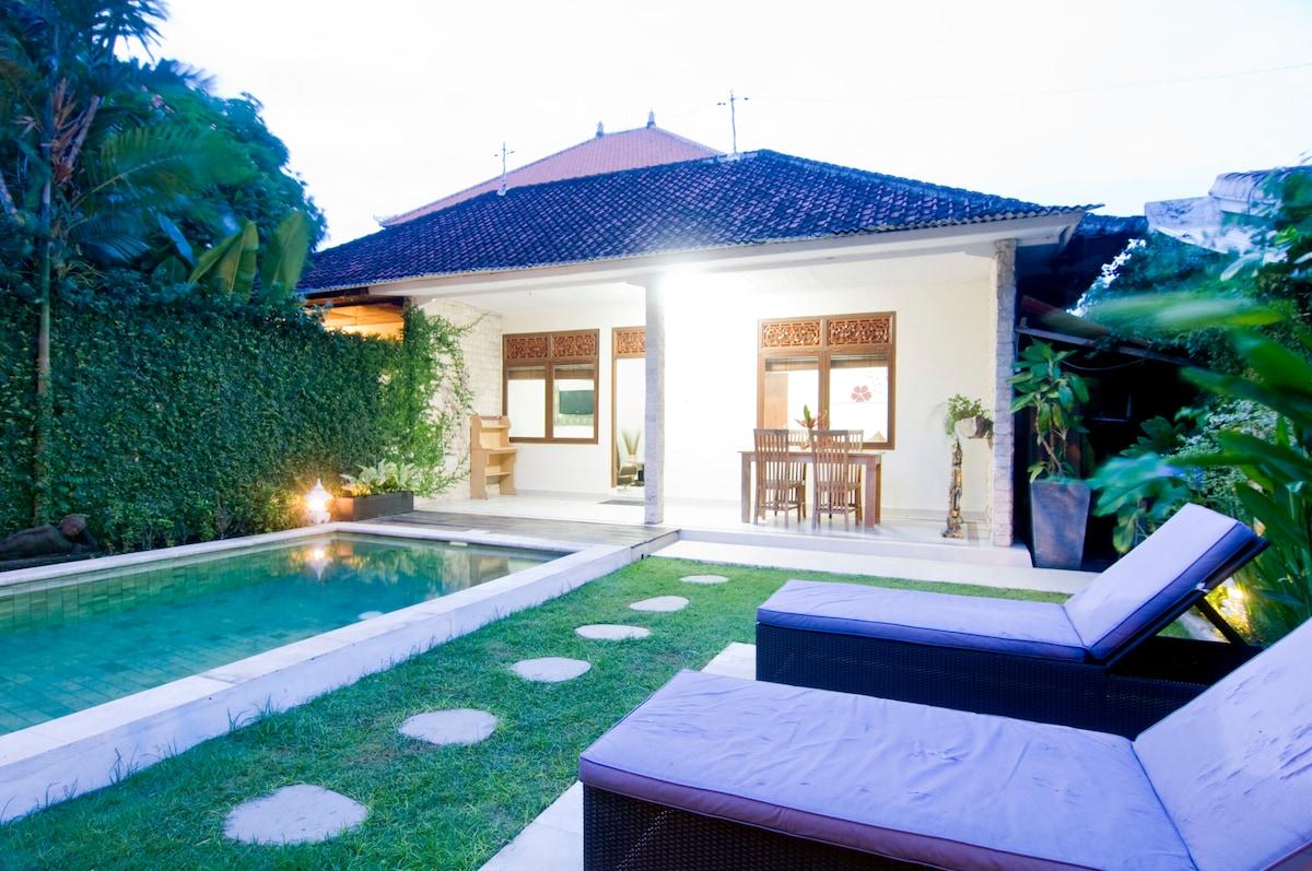 2 bd Villa Close to All/Seminyak