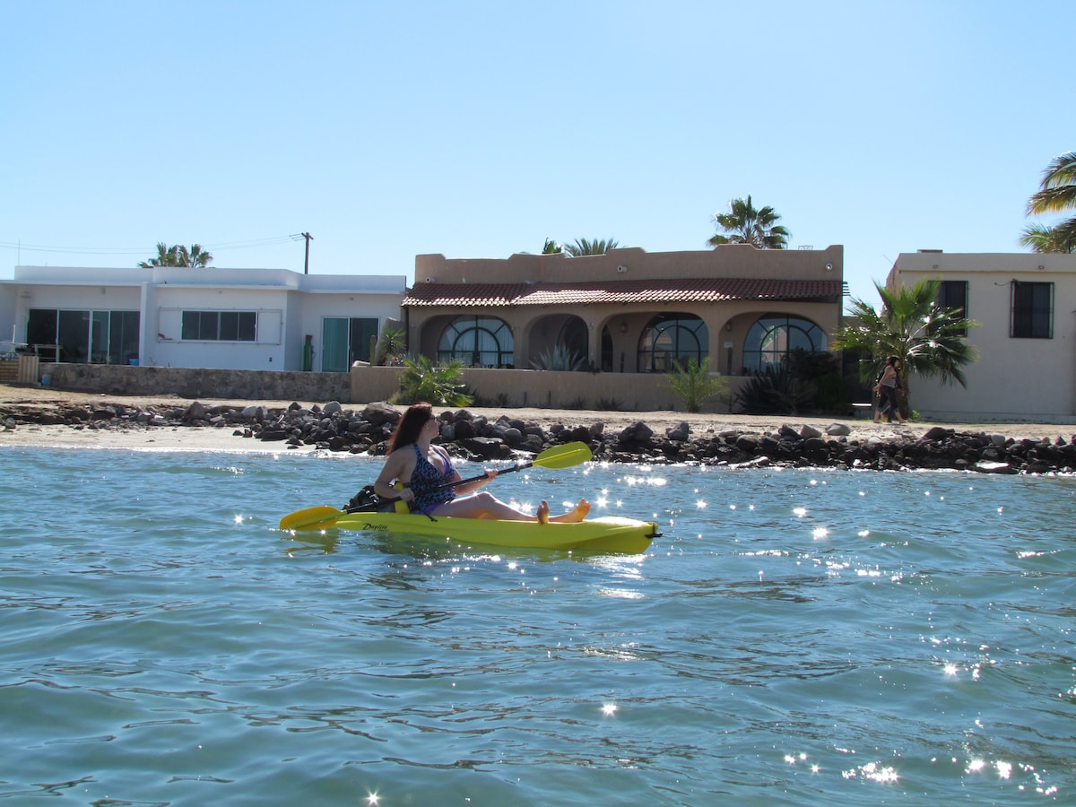 This could be you. Kayaking the Bay of La Paz with Casa Kootenay close by.