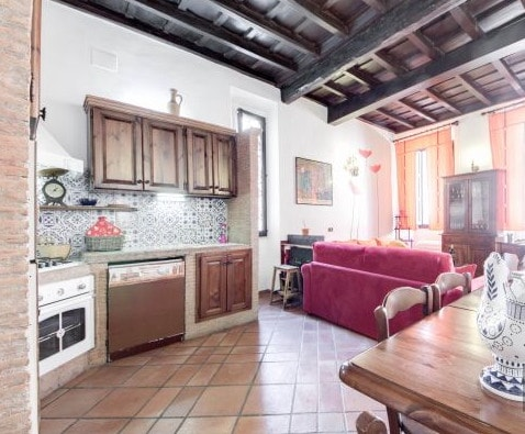 Rome,Trastevere nice furnishings