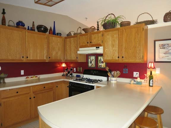 An inviting kitchen with all you need to cook up delicious meals while on vacation.