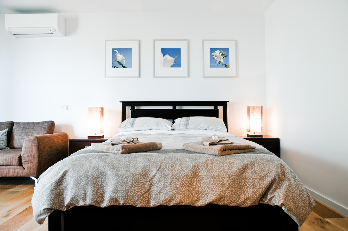 Indulge yourself with egyptian cotton sheets, feather & down duvet (doona) and super soft bamboo cotton towels.