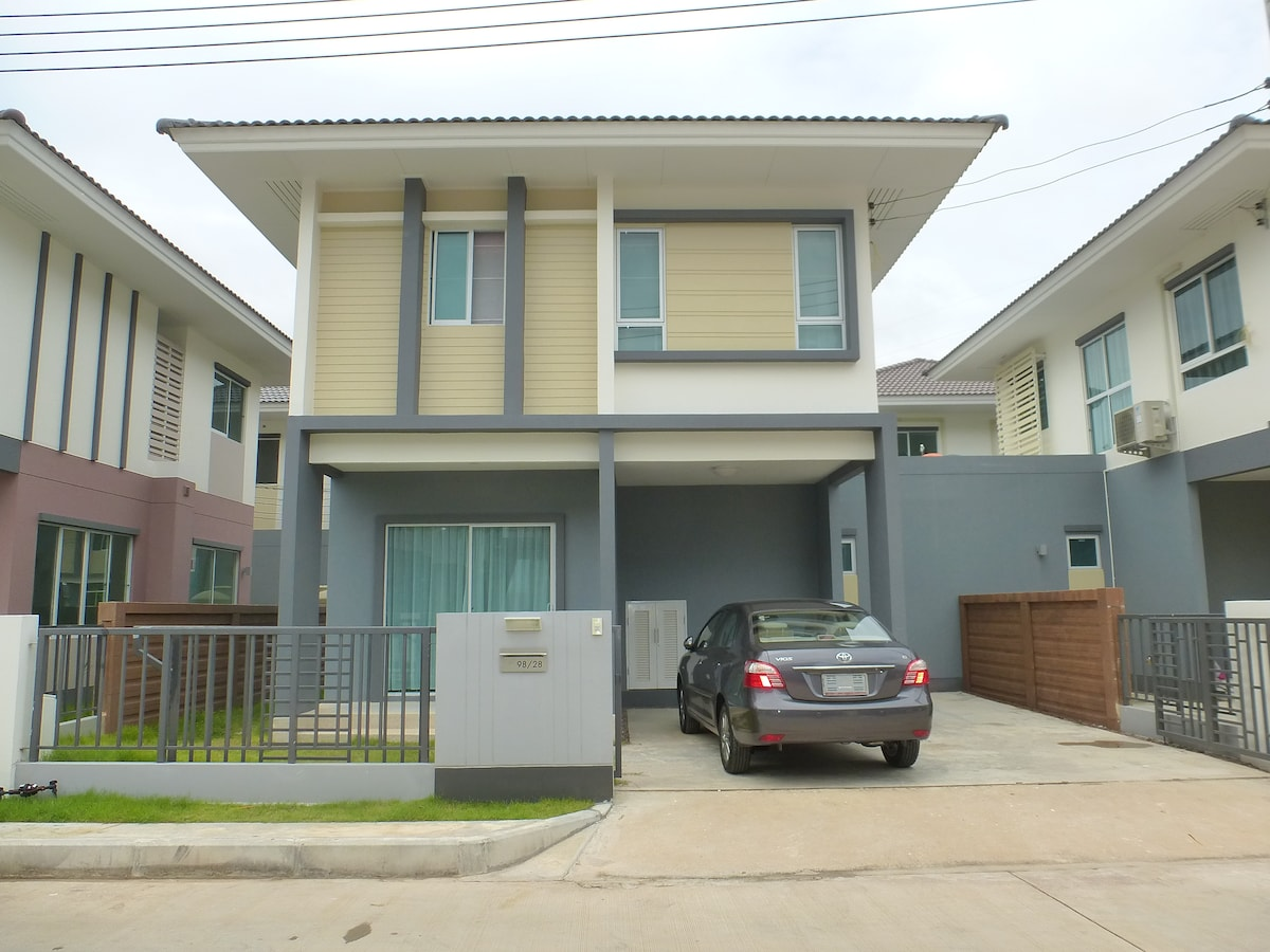 Comfortable Homes in the Country, nicely furnished in a Secure Area