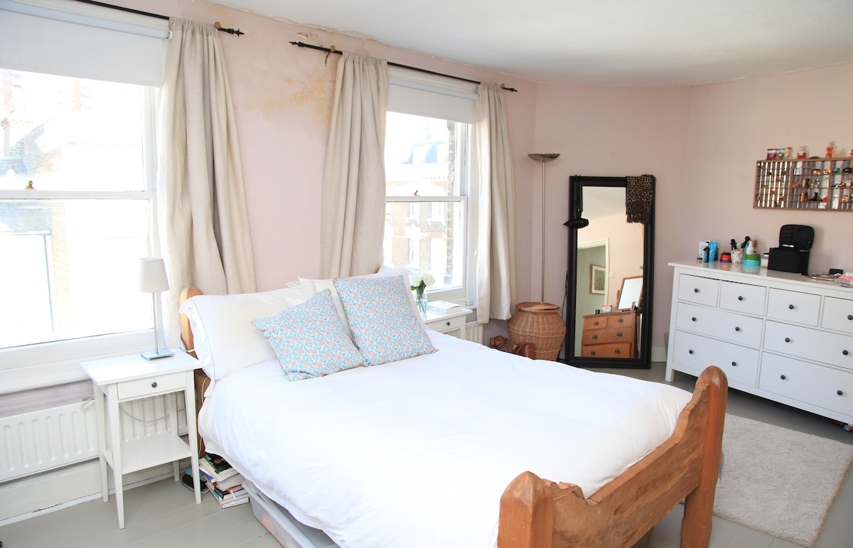 Quirky flat Chelsea for 1, 2 or 3!
