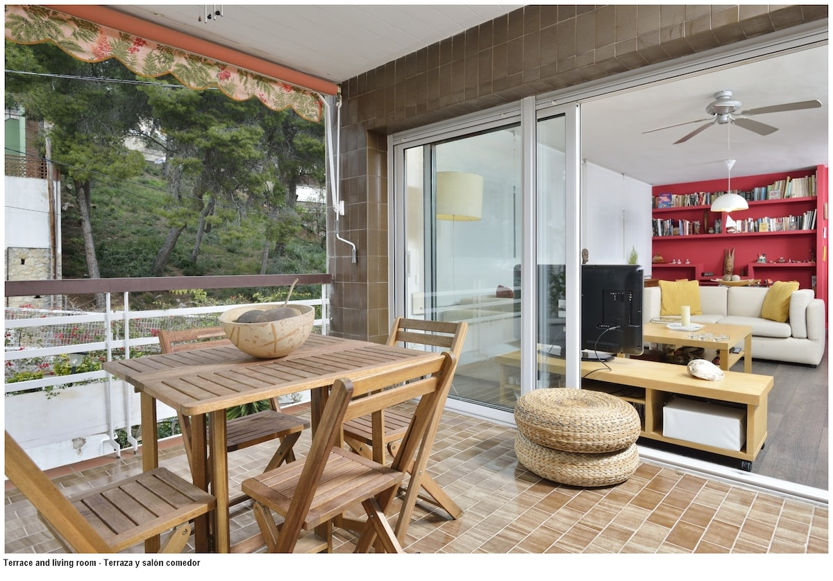 Great apart close to the beach
