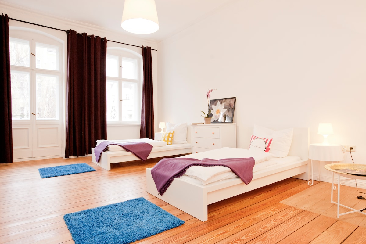 Bedroom Martha, sleeps 2, new mattress, new beds. Access to balcony, drawer, 2 bedside tables
