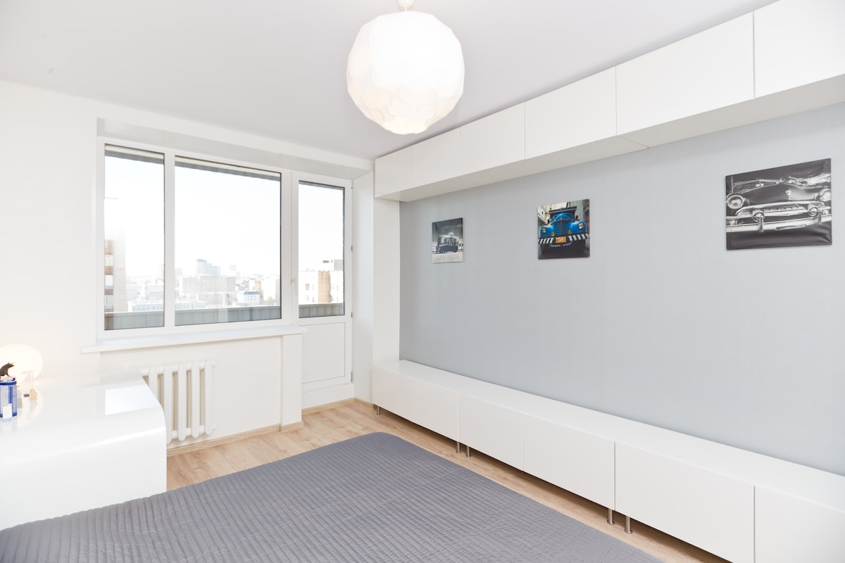 Tidy room in 1 min from subway