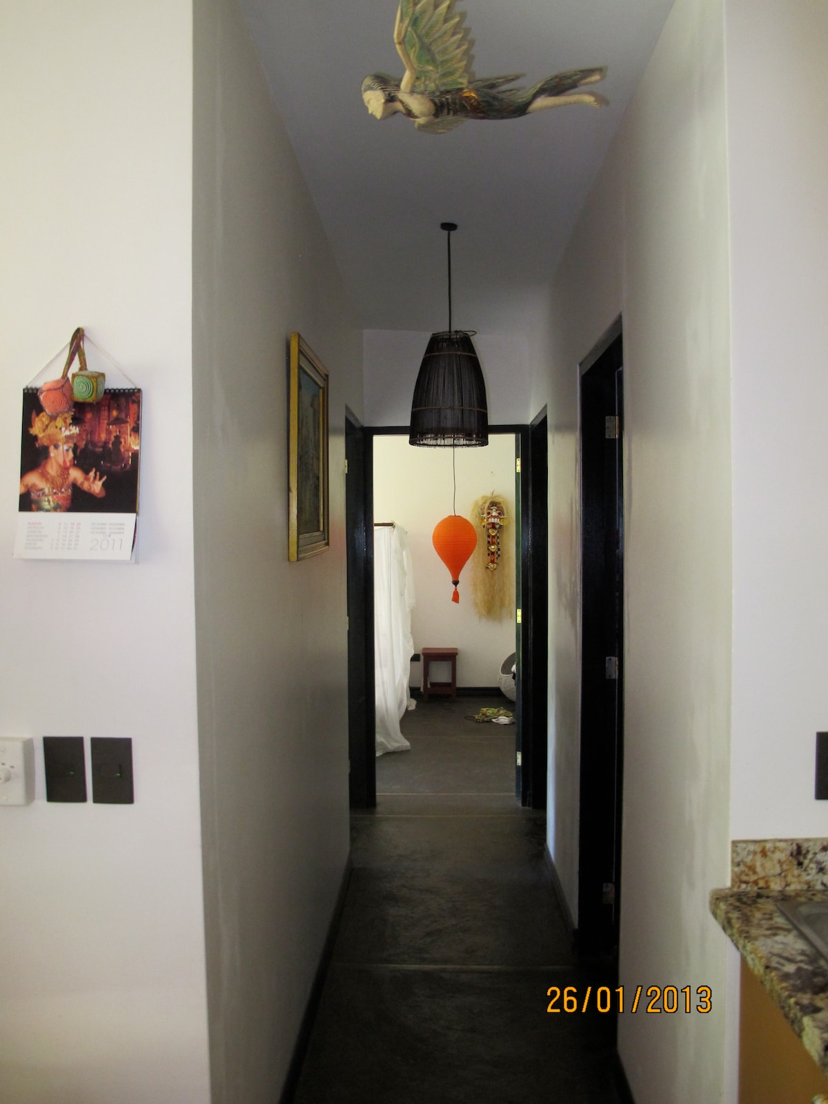 Hallway to bedrooms and bathroom