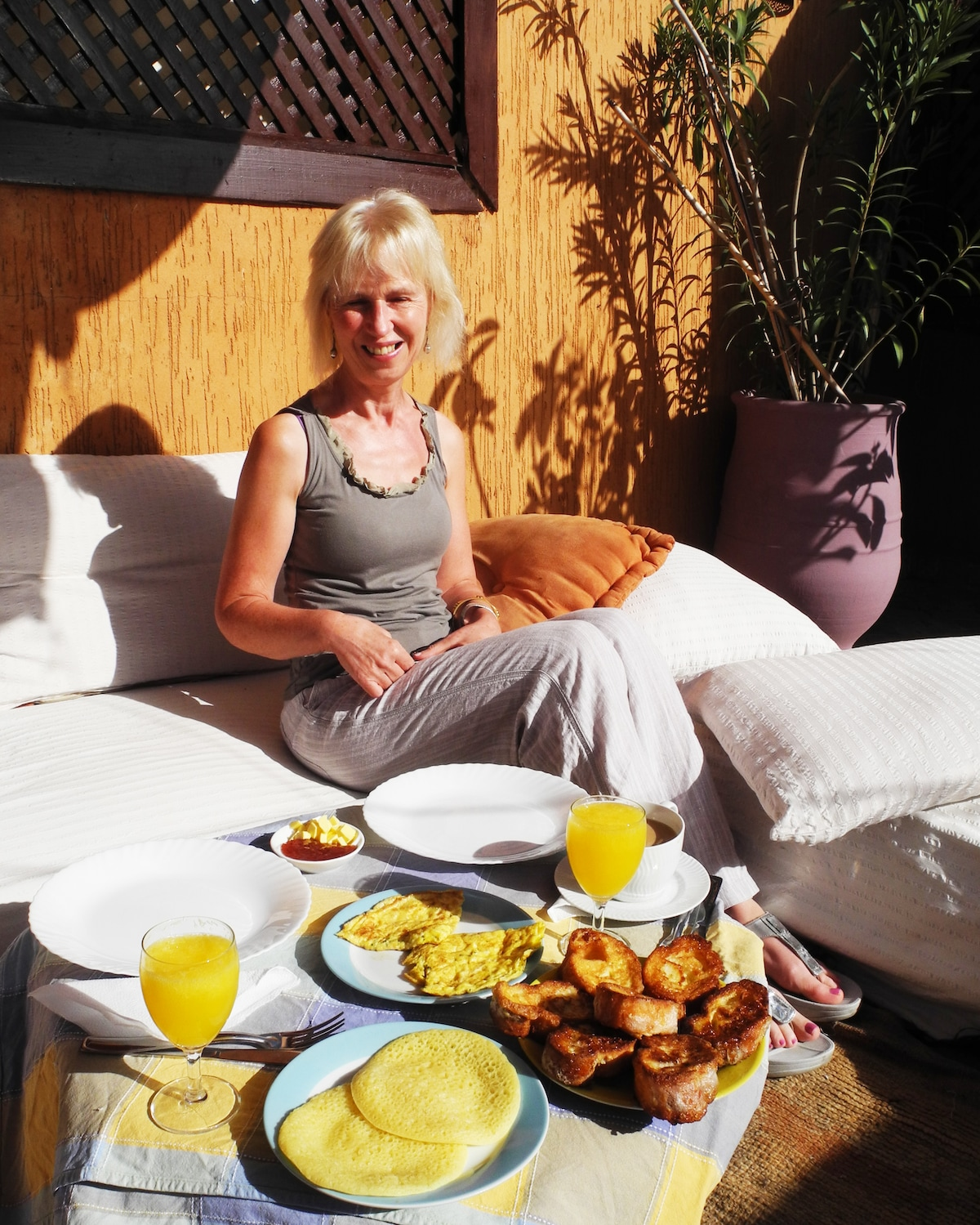 enjoy a wonderful breakfast on our sunny roof top terace
