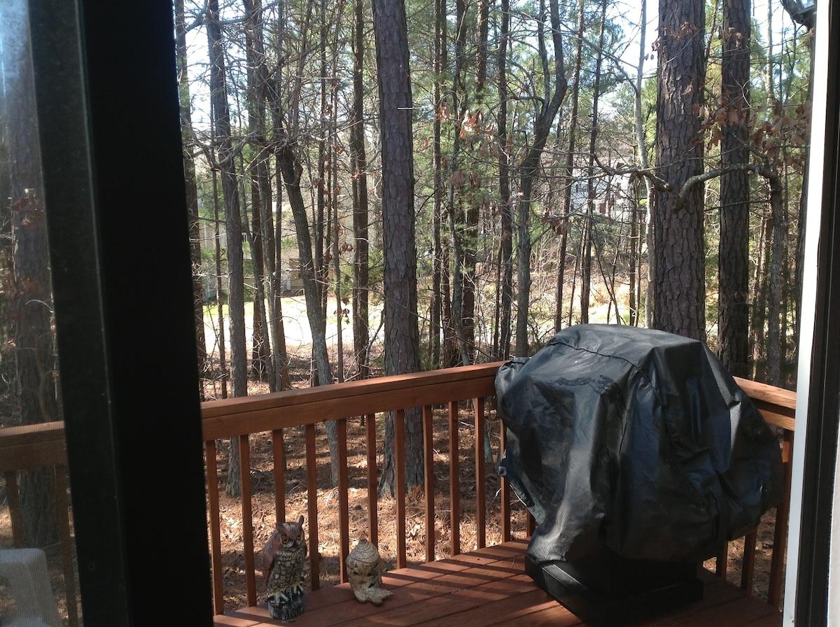 Quiet Room in Chapel Hill