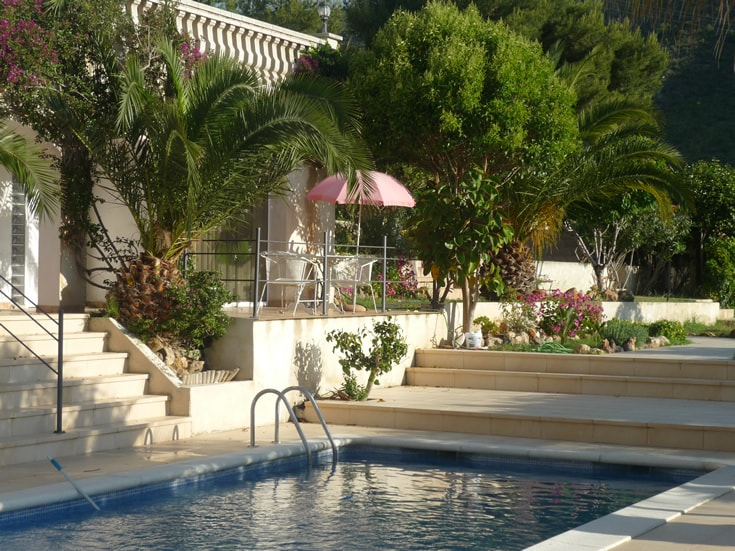 Apartm.in private villa with views