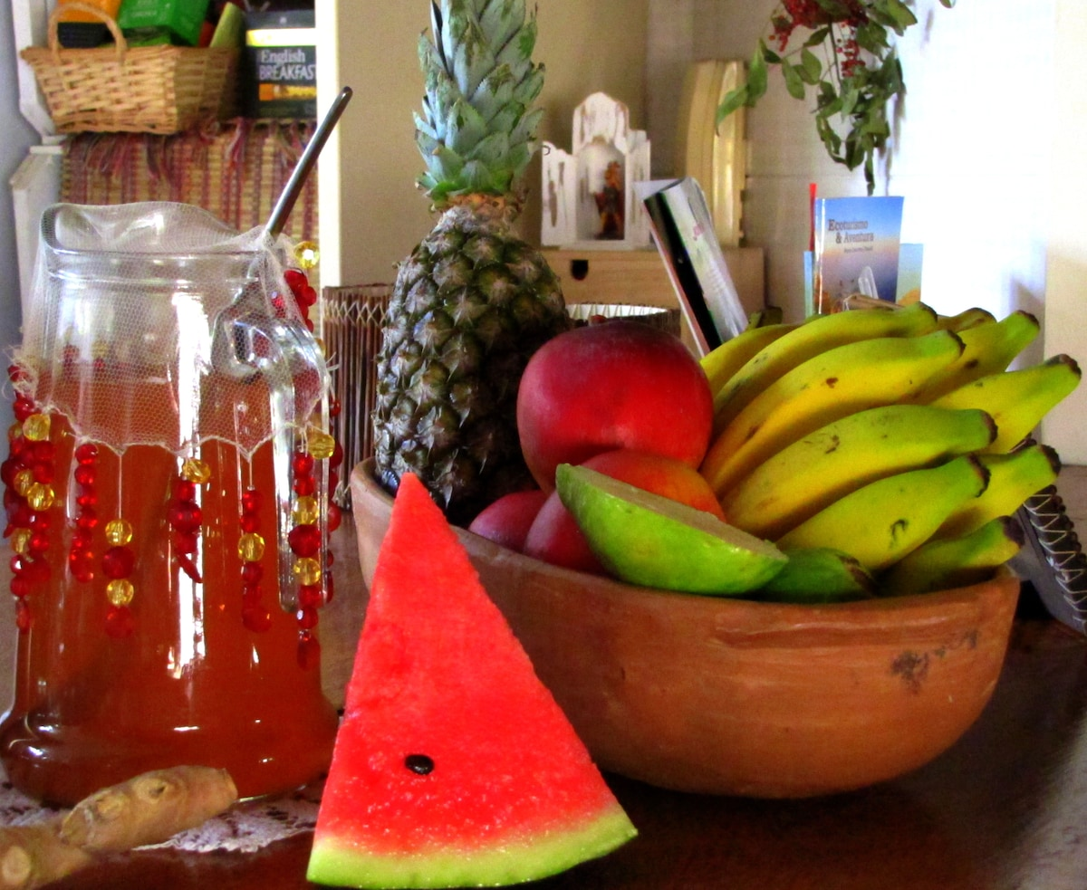 Complimentary fresh fruit, tea and coffee is available all day.