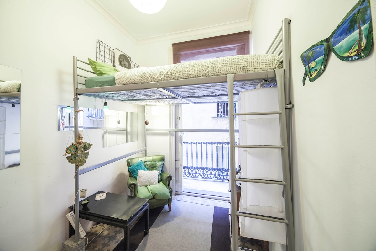 Ideal for long stay in Barcelona 1