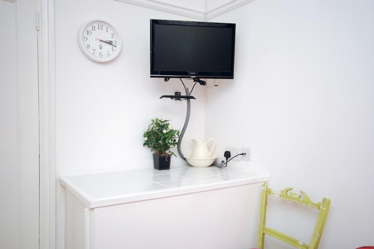 TV Corner in Bed room