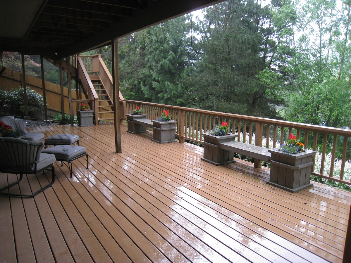 Deck off bedroom