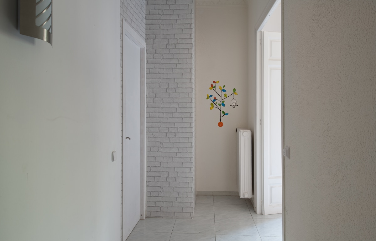 SUNSHINE DOUBLE ROOM+WIFI+CENTRIC