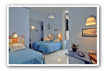 the gardenia room, 3 single beds, max 3 people