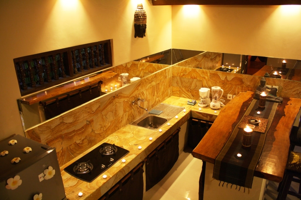 Fully equiped Kitchen and Bar.Specially placed mirrors and lightings add elegance.