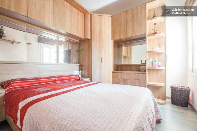 The bed room | La chambre | La habitación