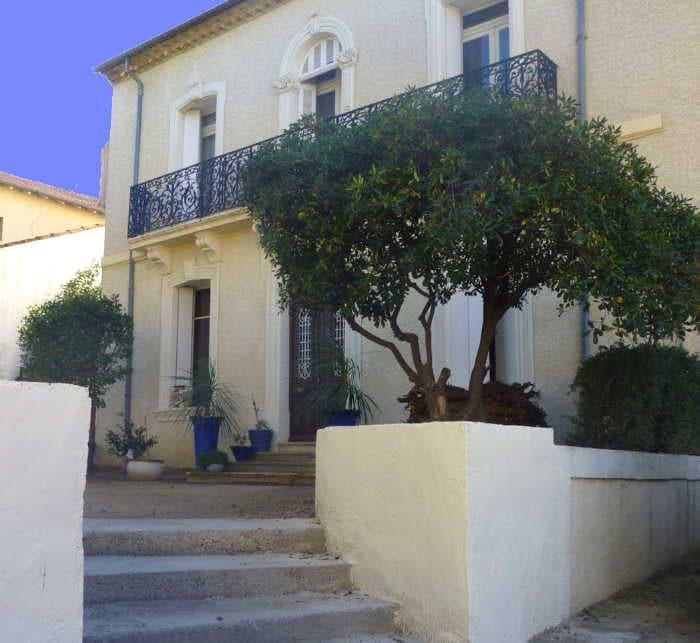 """Villa Roquette 19th Century """"Maison de Maitre"""""""