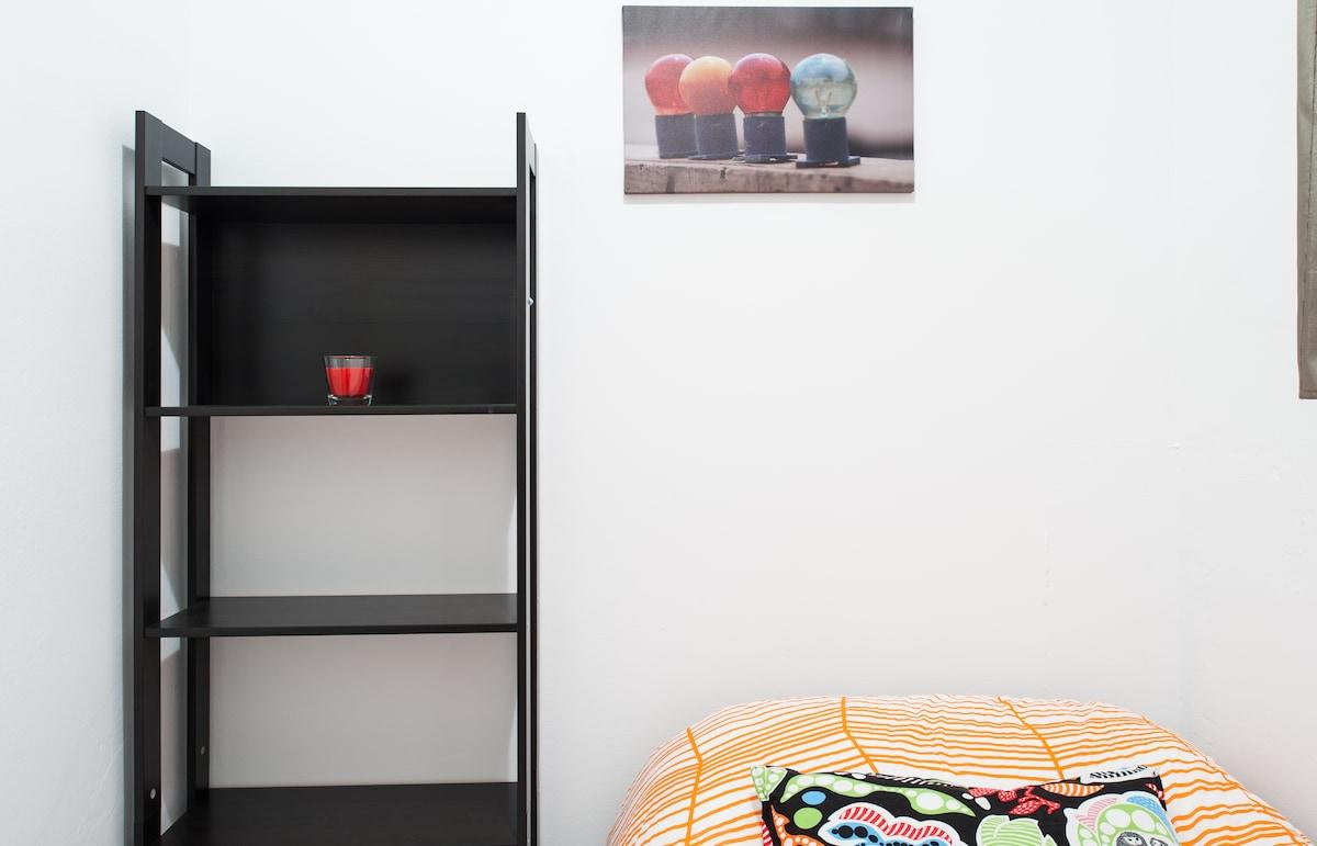 Comfortable Single Room